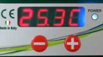 Incubadora automática ET 49 Huevos - Pantalla digital